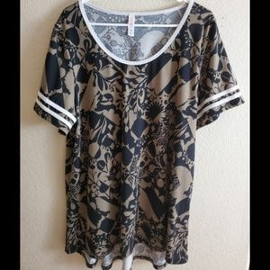 LuLaRoe 3XL Black Gold Paisley Shirt Top